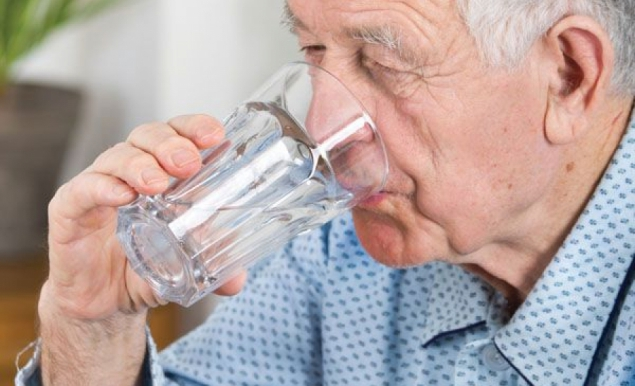 Evaluation article: Causes of refusal to eat and drink